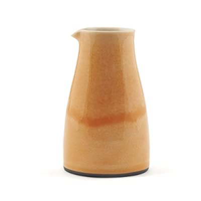Small Plain Pourer by James & Tilla Waters
