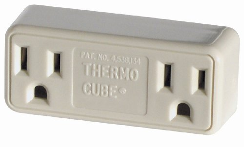 Farm Innovators Model TC-3 Cold Weather Thermo Cube Thermostatically Controlled Outlet - On at 35-Degrees/Off at 45-Degrees