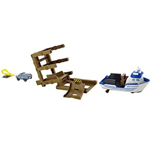 Cars 2 Action Agents Crabby Boat Playset