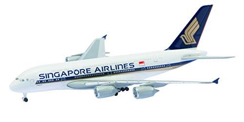 世界最長フライトはシンガポール航空のシンガポール⇔ニューヨークの約10,400マイル