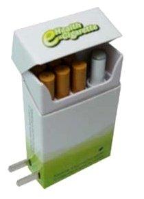 煙の出る電子タバコ「e-シガレット」