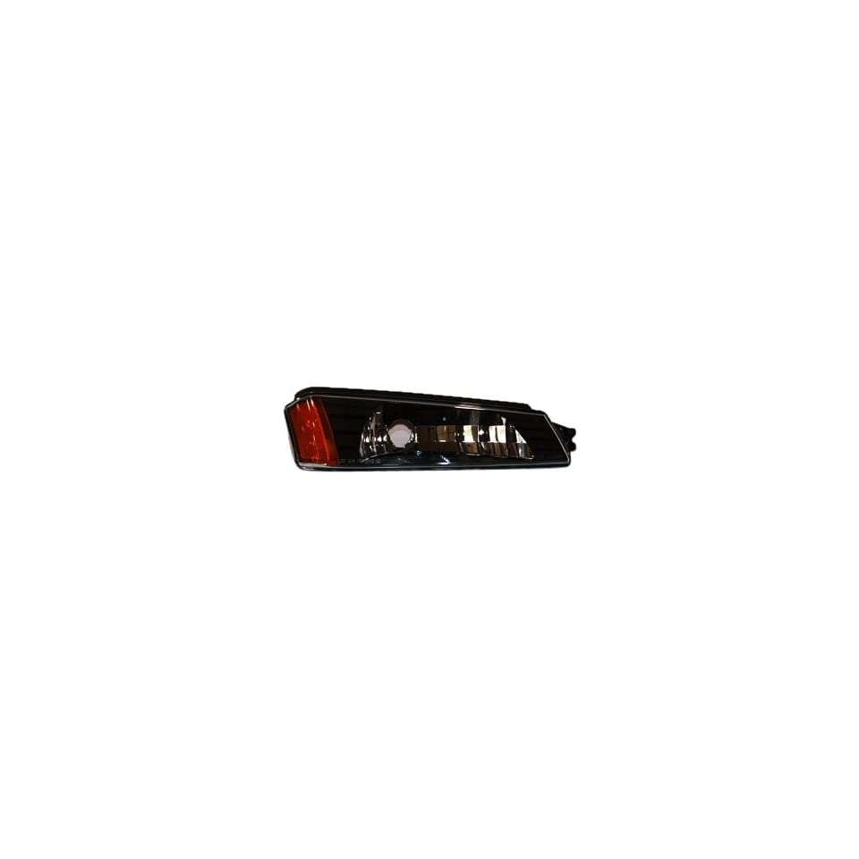 TYC 18 5835 01 Chevrolet Avalanche Front Passenger Side Replacement Parking/Signal Lamp Assembly