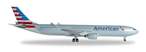 herpa-527392-aeromodellismo-american-airlines-airbus-a330-300