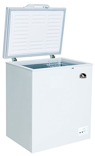 Igloo FRF450-B Chest Freezer, 5.1 Cubic