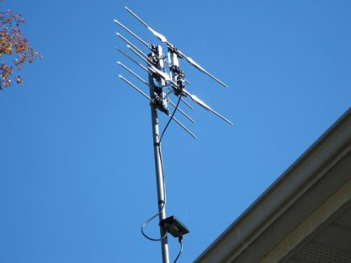 Wineguard HD-1080 on a 20ft pole with a wineguard ap-8275 pre-amp.