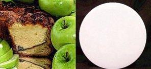 """Granny Smith Apple 8"""" Coffee Cake (White Gift Tin)"""
