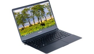 Samsung Series 9 900X3B-A02 13.3-Inch Laptop