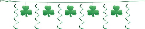 creative-converting-dizzy-dangler-party-garland-shamrocks