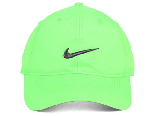 fc24cbd943e NIKE Golf Dri-Fit Ultralight Adjustable Course Cap Pro Tour Hat (Volt with  Signature