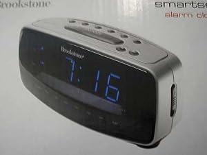 brookstone smartset am fm alarm clock radio electronic travel clocks. Black Bedroom Furniture Sets. Home Design Ideas