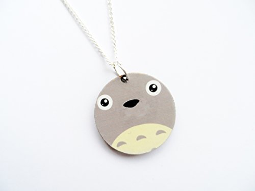 wooden-studio-ghibli-necklace-totoro