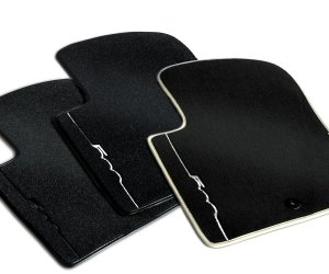 Genuine Fiat 500 Mats - Carpet Ivory stitching and edging
