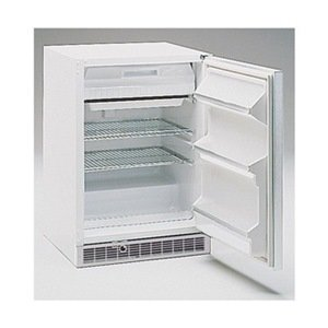Marvel 6Crf7100 Combination Refrigerator/Freezer With Solid Door, 6.1 Cu.Ft. Volume, 115V/60Hz front-564773