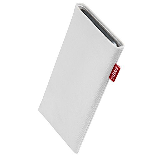 fitBAG Rock White custom tailored sleeve for Nokia Lumia 830. Fine suit fabric pouch with integrated MicroFibre lining for display cleaning
