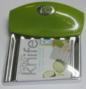 Joie Fruit And Vegetable Wavy Chopper Knife Stainless Steel Blade (Colors may vary)