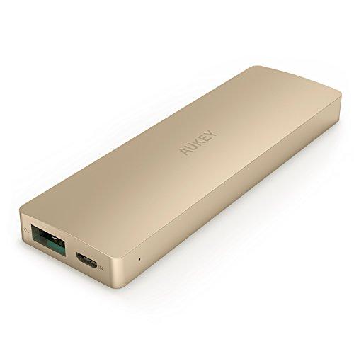 Aukey 3300mAh モバイルバッテリー スマホ充電器 薄型 亜鉛合金製 Apple iPhone/iPod/Xperia/Nexus等スマートフォンに対応 (ゴールド)PB-A1A