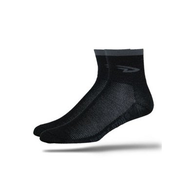 DeFeet AirEator 2.5in D Logo Black Cycling/Running Socks - AIRDLB