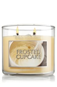 Bath and Body Works 14.5 Oz. 3-wick Candle Frosted Cupcake