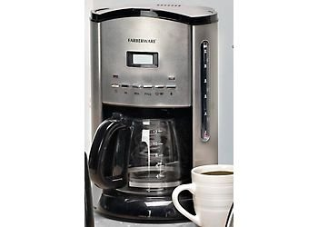 Farberware FCM12SS 12-Cup Coffeemaker, Stainless/Black (Pocket Coffee Maker compare prices)