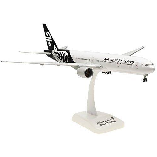 air-new-zealand-boeing-777-300er-1200-hogan-model-by-hogan
