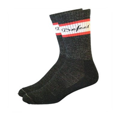 Buy Low Price DeFeet Classico Scarlet/White Wool Cycling/Running Socks – CLASCW (B000RQ1UDI)