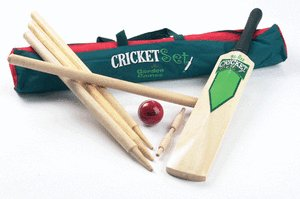 Garden Games Cricket Set - Bat Size 5,Ball,Stumps,Bails,Cricket ball,Carry Bag