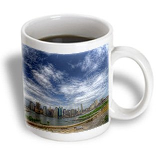 Roni Chastain Nyc - Nyc From Brooklyn, Blue Sky In Color - 11Oz Mug (Mug_112495_1)