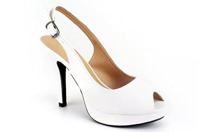 Sandales en Soft Blanc et talon fin.32