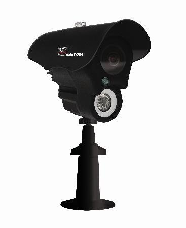 Led Array Weatherproof Day/Night Bullet Camera - Blk Housing With White Earbud Headphones