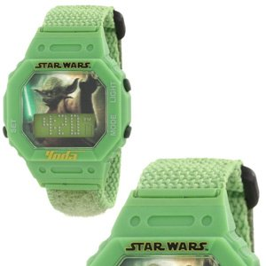 "Star Wars Kids' 9005855 ""Star Wars Yoda"" Watch With Green Fabric Band"