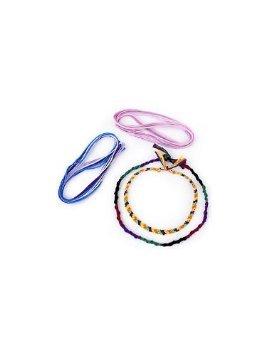 Friendship bracelet kit makes three different bracelets. - 1