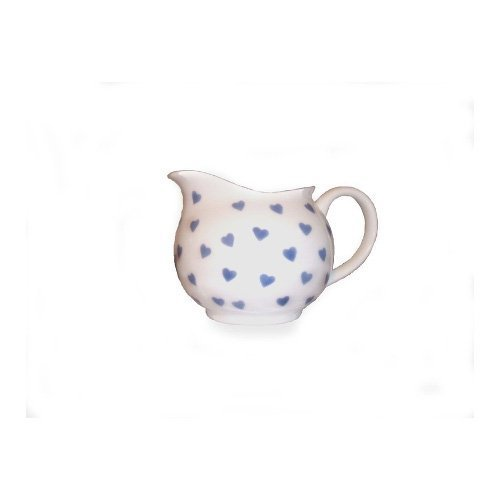 Nina Campbell Pichet en porcelaine anglaise Crème, motif cœurs Bleu