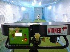 Leverage Winner Pro Two Wheel Bowling Machine