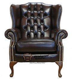 Chesterfield Mallory piatto ala Queen Anne ala con schienale alto, prodotto nel Regno Unito marrone antico in ottone borchie