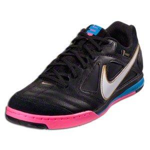 Amazon.com: Nike NIKE5 Gato Leather CR7 - Black (7 Mens): Shoes