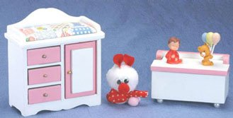 Toy Changing Table front-1036755