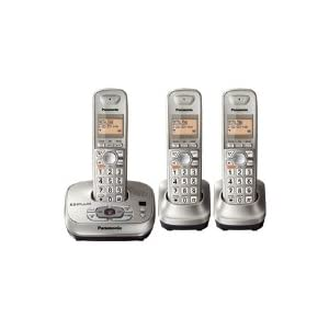 31EBwgoinWL. SL500 AA300  Panasonic KX TG4023N Cordless Answering System with 3 Phones