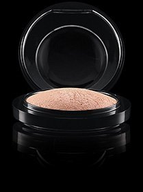 mac-mineralized-skin-finish-soft-and-gentle-by-mac