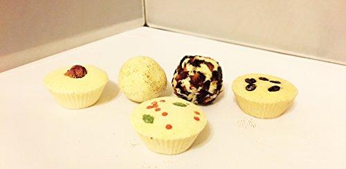 santa-3-truffle-gift-box-5-piece-coffee-kisses-truffle-rose-bath-truffle-jolly-holly-truffle-flower-