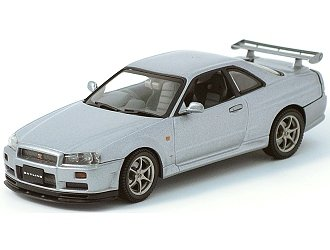 1999 Nissan Skyline GTR R34 Diecast Car Model 1/43 Silver Die Cast Car by Autoart 57302 (japan import)