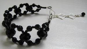 Unique Hand-Made Black Agate & Crystal Semi-Precious Stone Woven Bracelet - B56