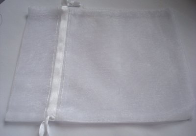 96 White Organza Gift Bags 5