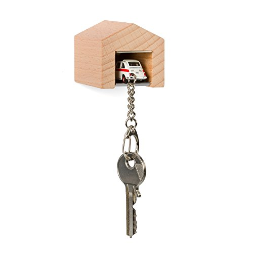 garage-con-fiat-500-sport-per-la-parete-il-chiavi-board-in-legno-di-faggio-e-acciaio-inox-con-kult-a