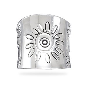 Sterling Silver Tapered Flower Design Ring / Size 9