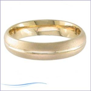 Women's 14k Yellow Gold Grooved Comfort-Fit Wedding Band (6.50 mm)