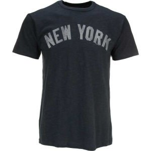 MLB New York Yankees Mens Basic Scrum Tee by