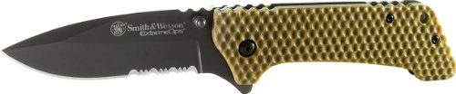 Smith And Wesson Ckg20Brs 40-Percent Serrated Blade Extreme Ops Folding Knife With Pocket Clip And Brown Honeycomb Ti-Coated Handle