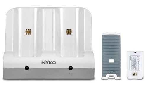 Nyko Wii Charge Station front-631796
