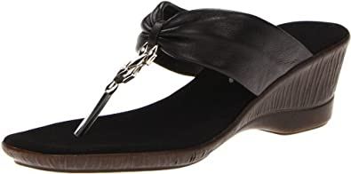 Onex Women's Jessie Thong Sandal,Black,5 M US
