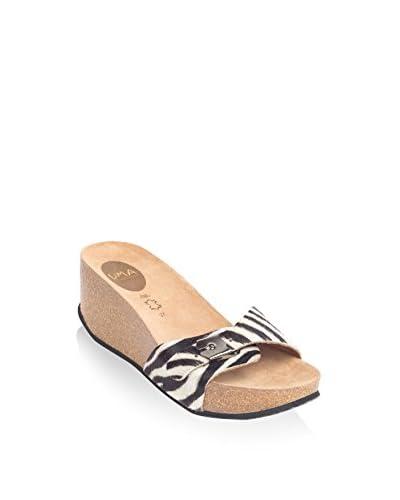Uma Sandalo Zeppa Mai